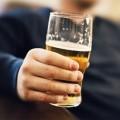 8 cách uống rượu không bị say cho các quý ông