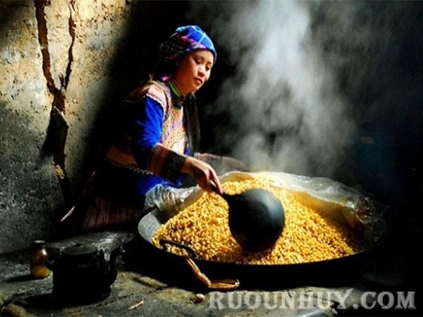 Rượu ngô Bản Phố - Bắc Hà (Lào Cai)