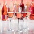 3 chai rượu vang hồng nổi tiếng và ngon nhất