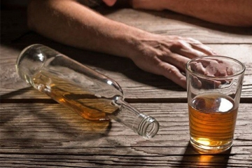 Cách chữa đau đầu khi say rượu hiệu quả
